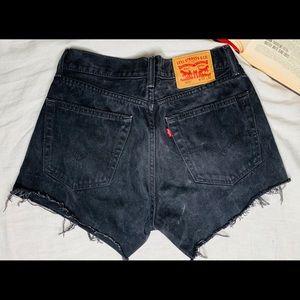 Vintage black Levi 505 shorts.